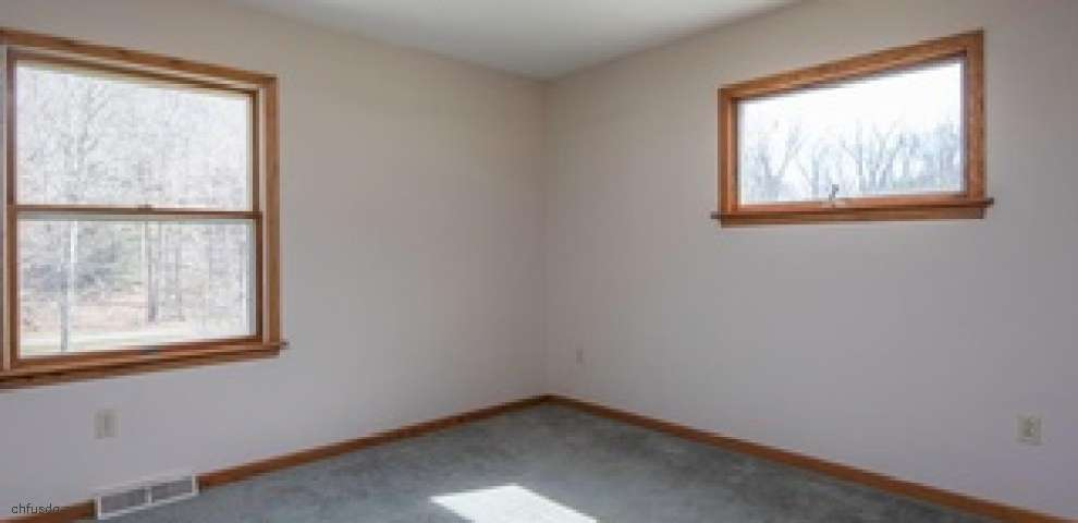 6651 Gorby Rd, East Palestine, OH 44413