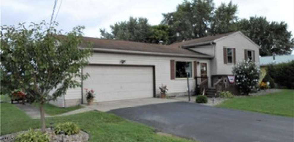 6284 State Route 5, Kinsman, OH 44428