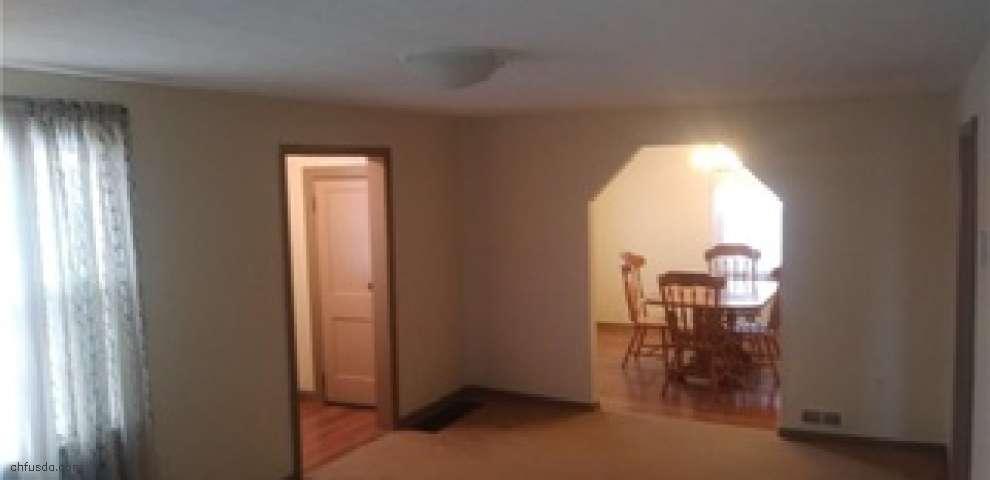 15642 Mahoning Ave, Lake Milton, OH 44429