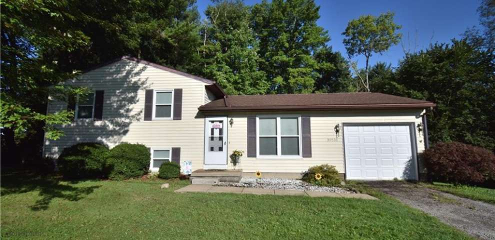 39530 State Route 517, Lisbon, OH 44432