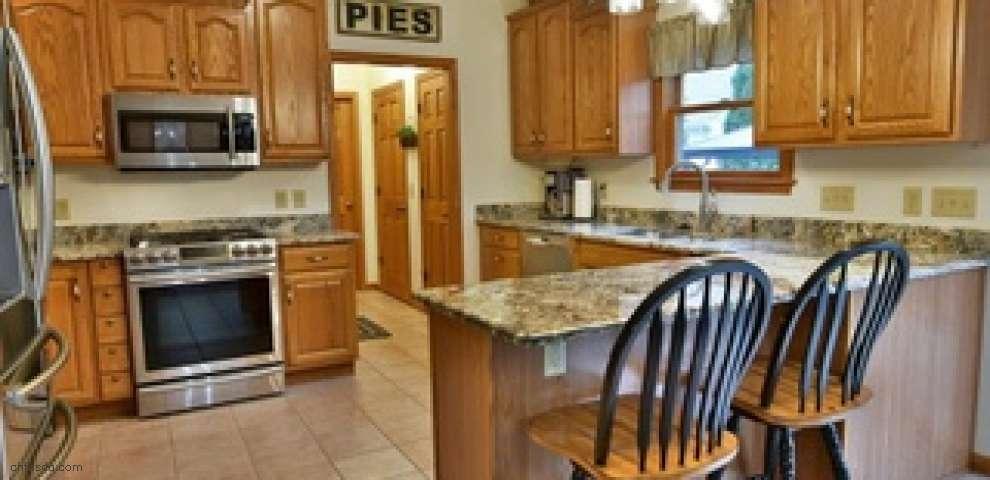 635 Carson Salt Springs Rd, Mineral Ridge, OH 44440