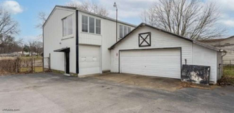 10593 Main St, New Middletown, OH 44442 - Property Images