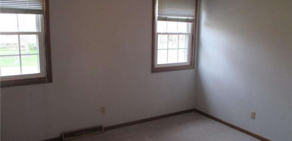 117 Robinwood Dr, New Middletown, OH 44442 - Property Images