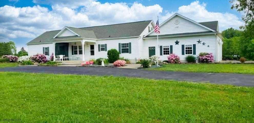 4200 E Pine Lake Rd, New Springfield, OH 44443