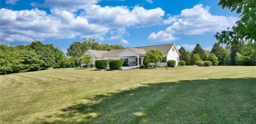 4200 E Pine Lake Rd, New Springfield, OH 44443 - Property Images