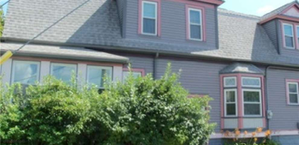 27 S Canal St, Newton Falls, OH 44444