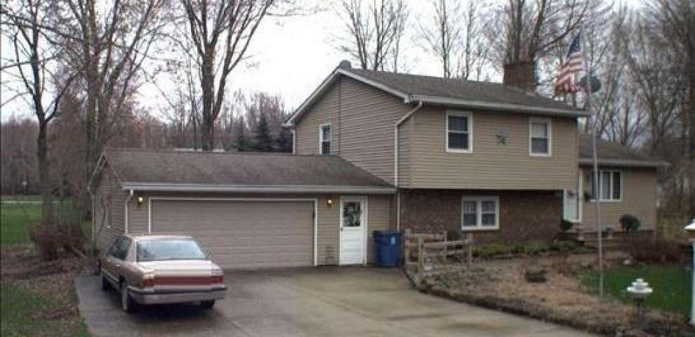 620 Ophelia, Newton Falls, OH 44444