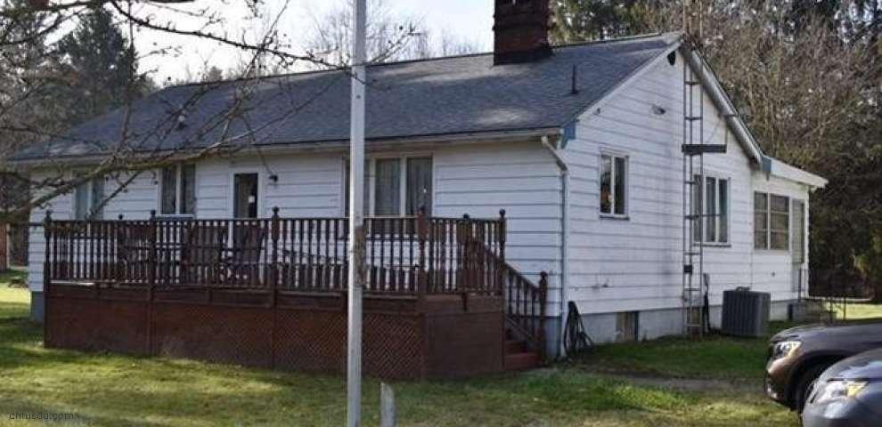 792 Braceville Robinson Rd NW, Newton Falls, OH 44444