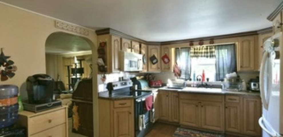 46496 State Route 46, New Waterford, OH 44445