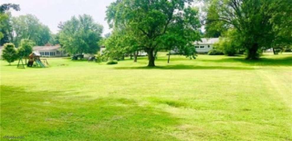 11196 W Pine Lake Rd, Salem, OH 44460