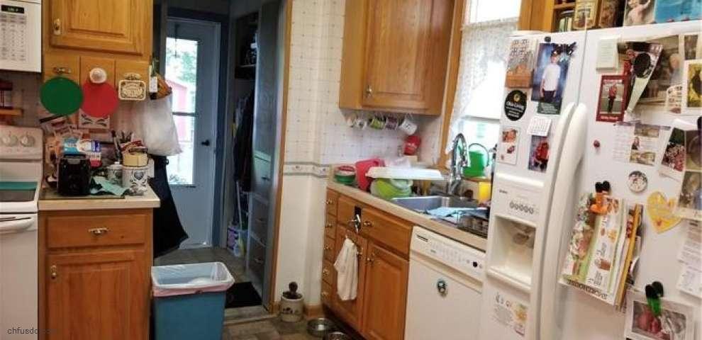 1281 Maple St, Salem, OH 44460