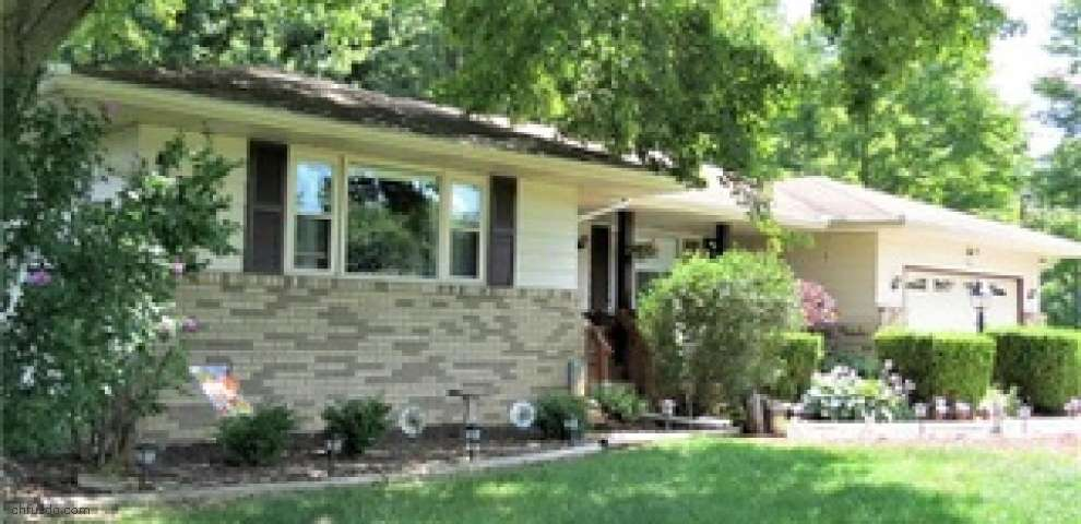4260 Templeton Rd NW, Warren, OH 44481