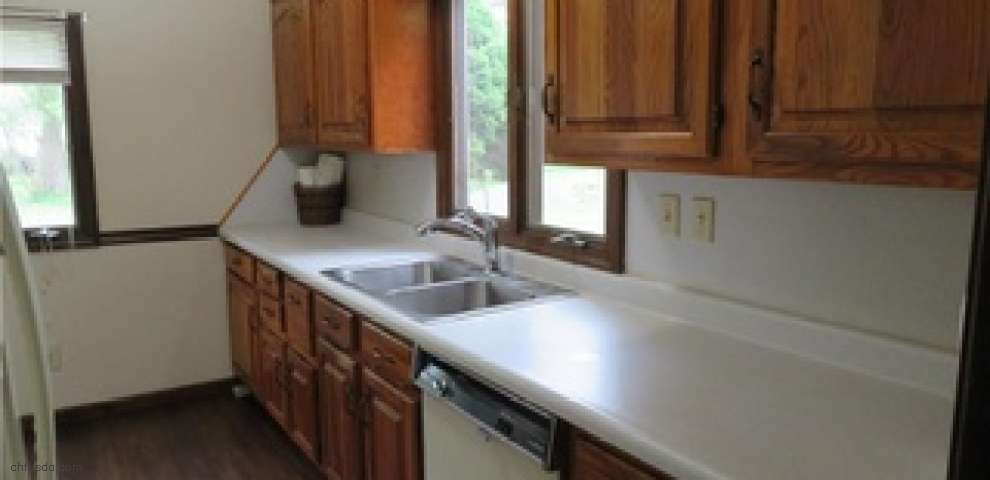 1644 Lexington Ave NW, Warren, OH 44485 - Property Images