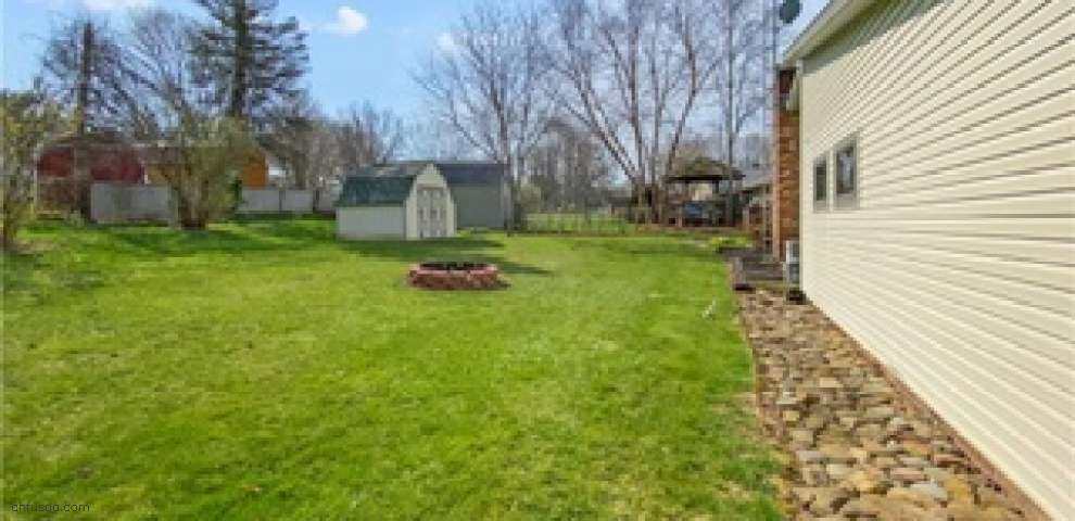 10978 Julie St NE, Alliance, OH 44601 - Property Images