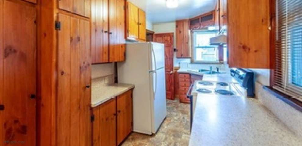 130 Edgewater Ave NW, Massillon, OH 44646 - Property Images