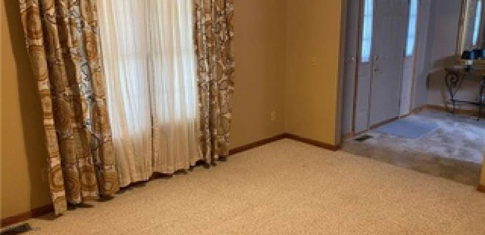 7471 Cheverton Cir NW, Massillon, OH 44646 - Property Images
