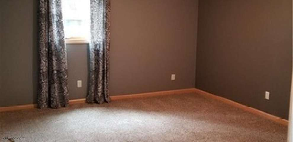 1327 Meadowbrook Rd SW, Massillon, OH 44647 - Property Images