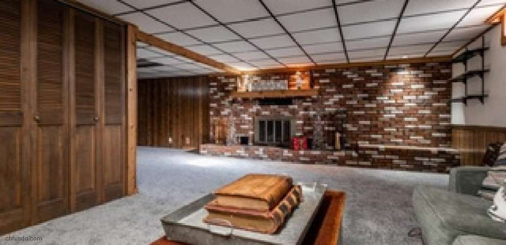 3090 Meadowcrest St NW, Massillon, OH 44647