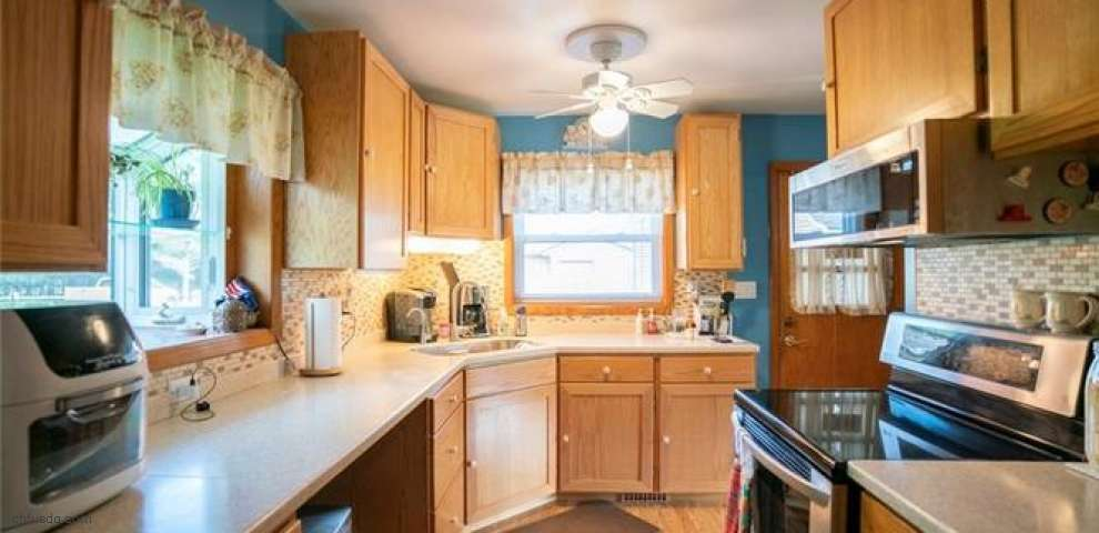 5045 Revere Ave NW, Massillon, OH 44647
