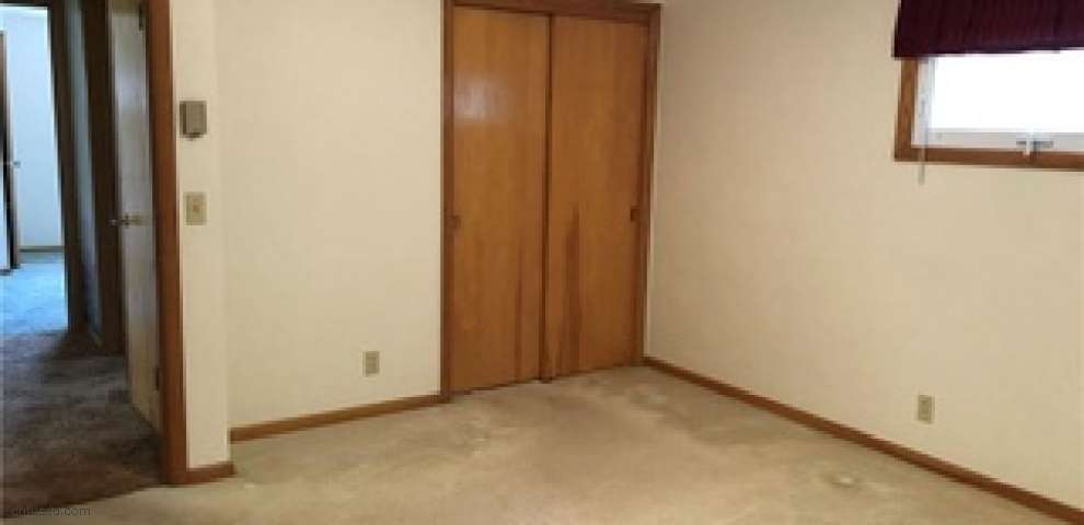 7023 State Route 241, Millersburg, OH 44654