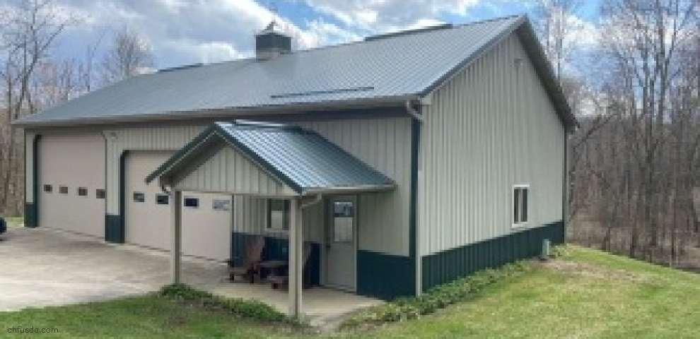8397 Goodrich Rd SW, Navarre, OH 44662