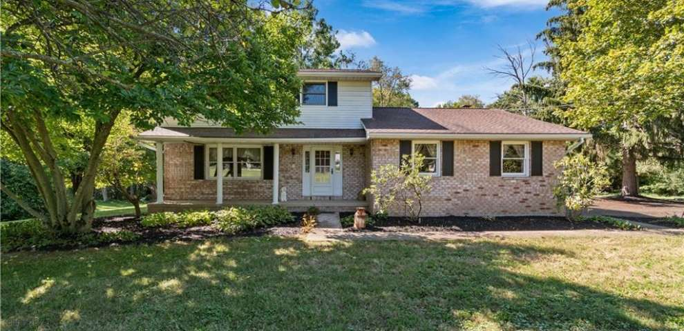 15220 Orrville St NW, North Lawrence, OH 44666