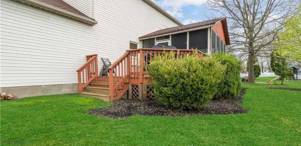 10733 Newbury Ave NW, Uniontown, OH 44685 - Property Images