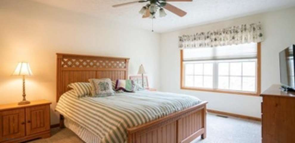 11162 Newbury Ave NW, Uniontown, OH 44685 - Property Images