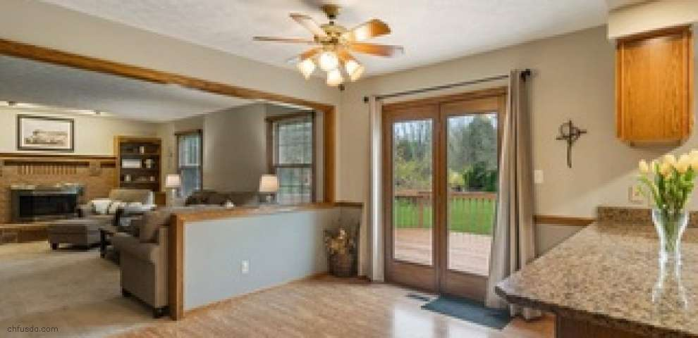 13232 Prince Georges Ave NW, Uniontown, OH 44685