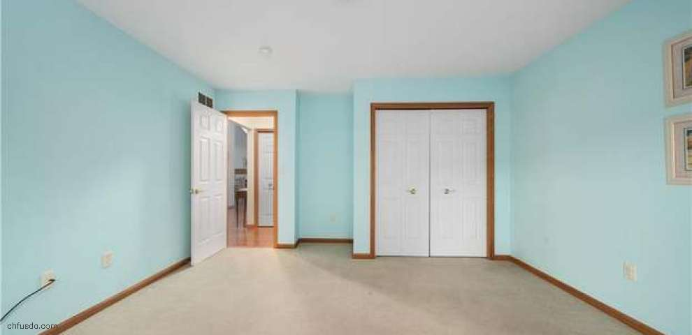 3424 Stratford Grn, Uniontown, OH 44685