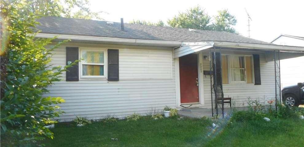 2003 Endrow Ave NE, Canton, OH 44705