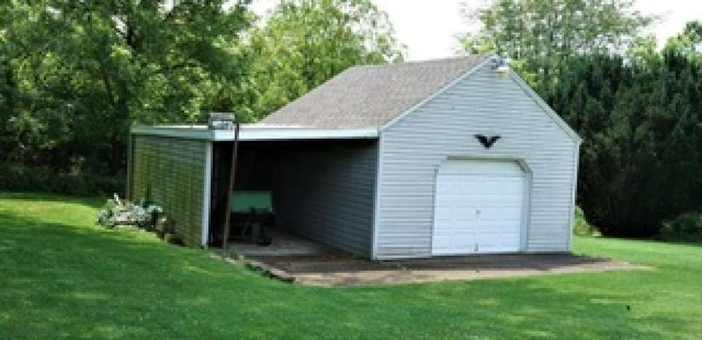 1330 Bywood St SE, Canton, OH 44707
