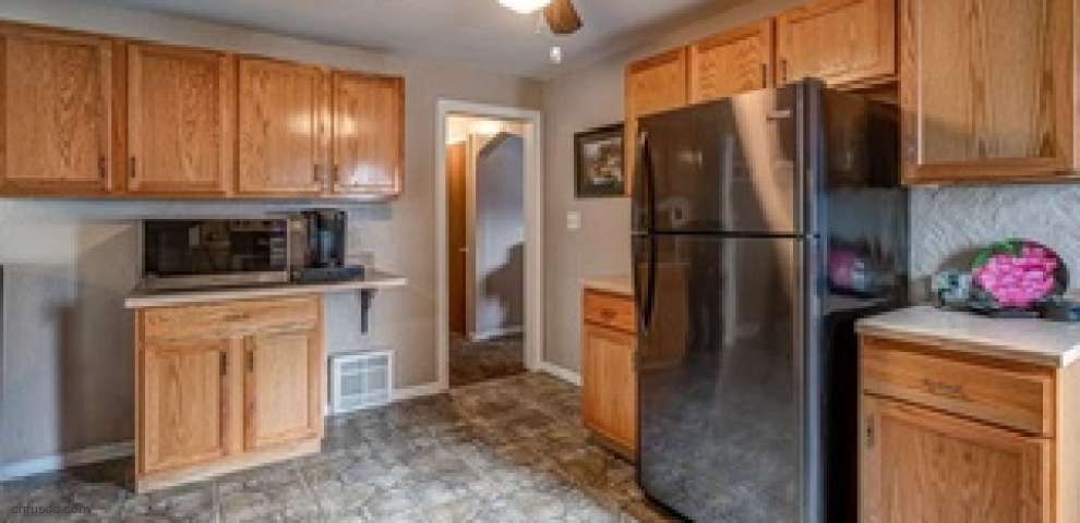 1711 48th St NW, Canton, OH 44709