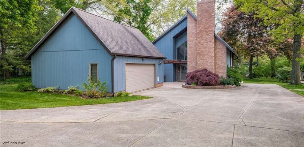 3300 Fulton Dr NW, Canton, OH 44718