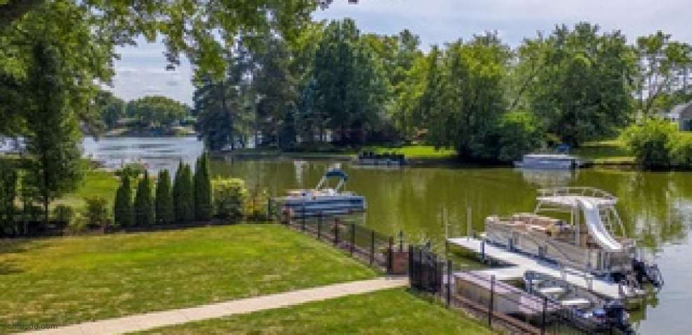 5331 Bayview Dr NW, Canton, OH 44718