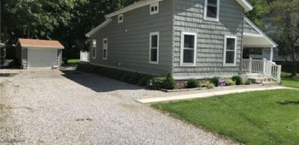 25 Third St, New London, OH 44851