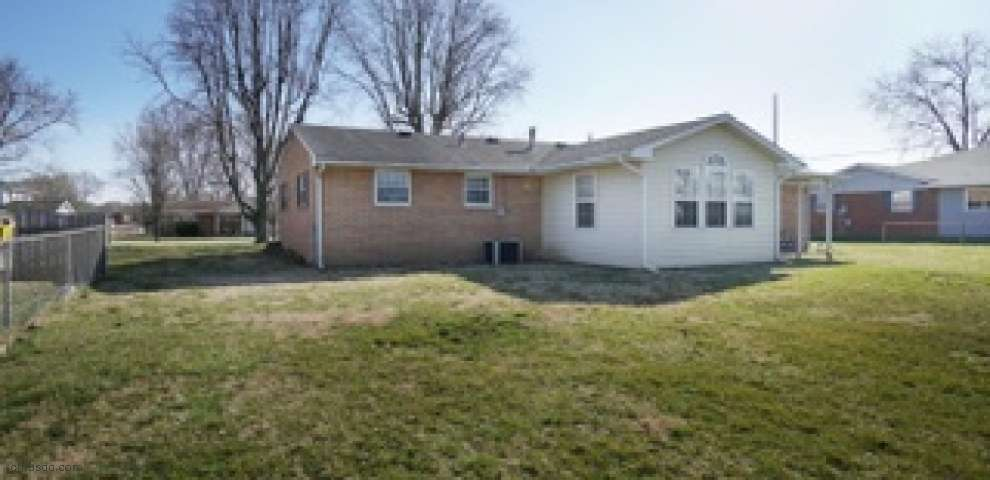 5214 Montgomery Ave, Franklin Twp, OH 45005