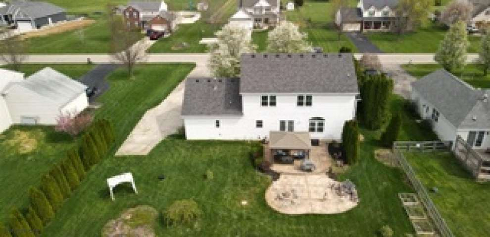 295 Magnolia Dr, Clearcreek Twp., OH 45036
