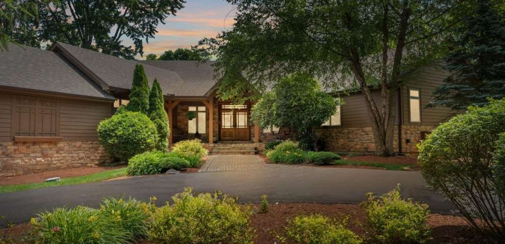612 Shelter Glen Ct, Turtle Creek Twp, OH 45036