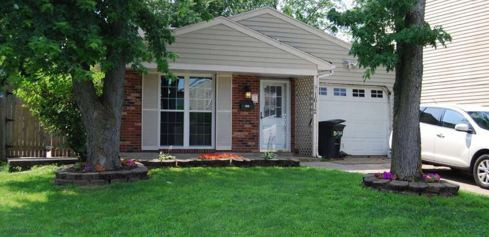 1612 Carriage Dr, Middletown, OH 45044