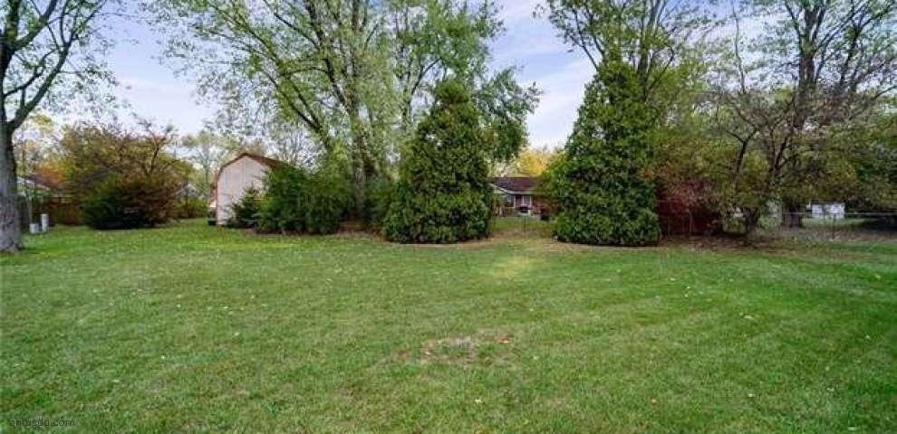 375 Teakwood Ln, Springboro, OH 45066