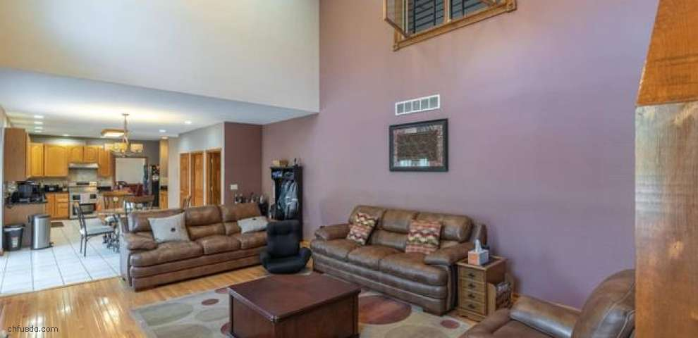 6260 Chappellfield Dr, West Chester, OH 45069
