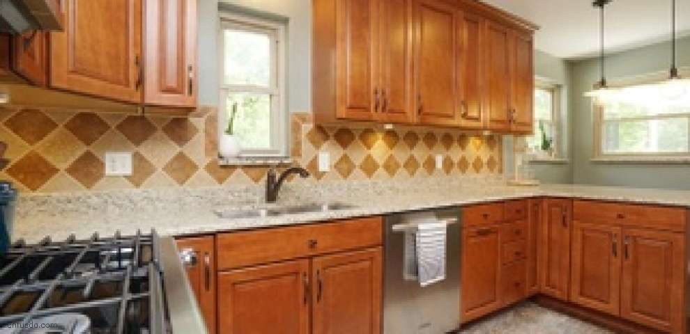 7204 Barret Rd, West Chester, OH 45069