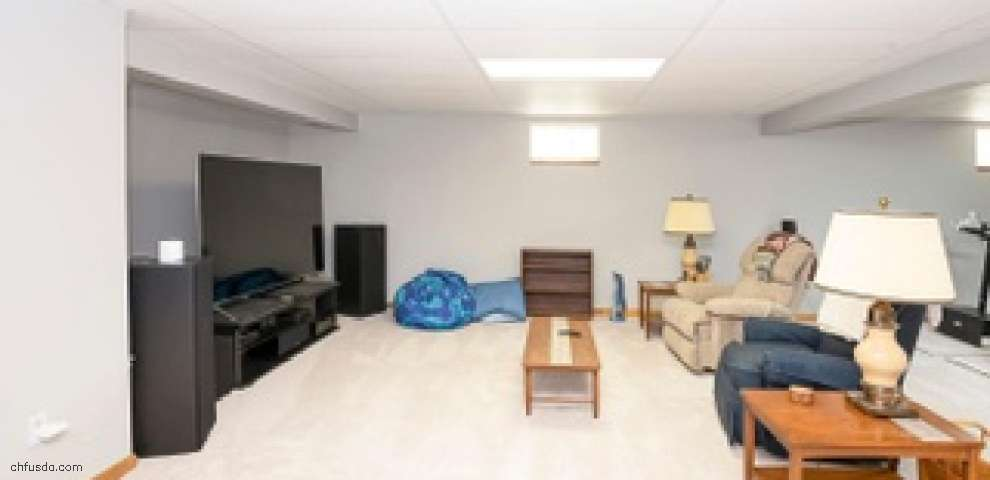 8302 Kimberly Ann Ct, West Chester, OH 45069