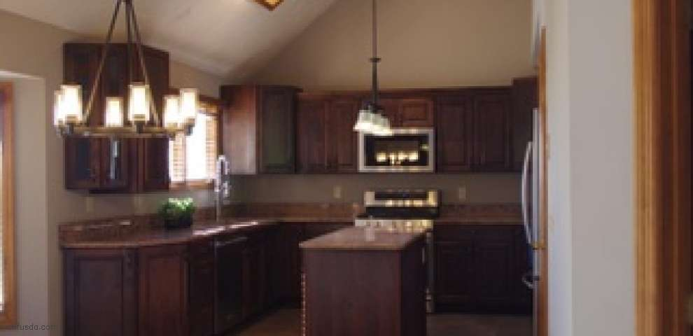 9087 Red Cedar Ln, West Chester, OH 45069