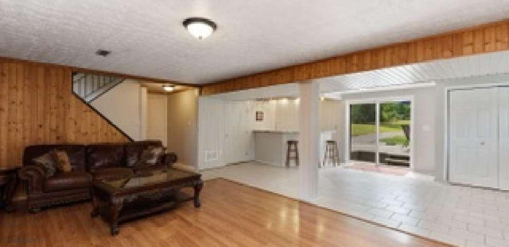 2383 Whitmer Rd, Owensville, OH 45103