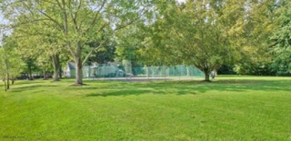 1755 Stuttgart Dr, Perry Twp, OH 45118