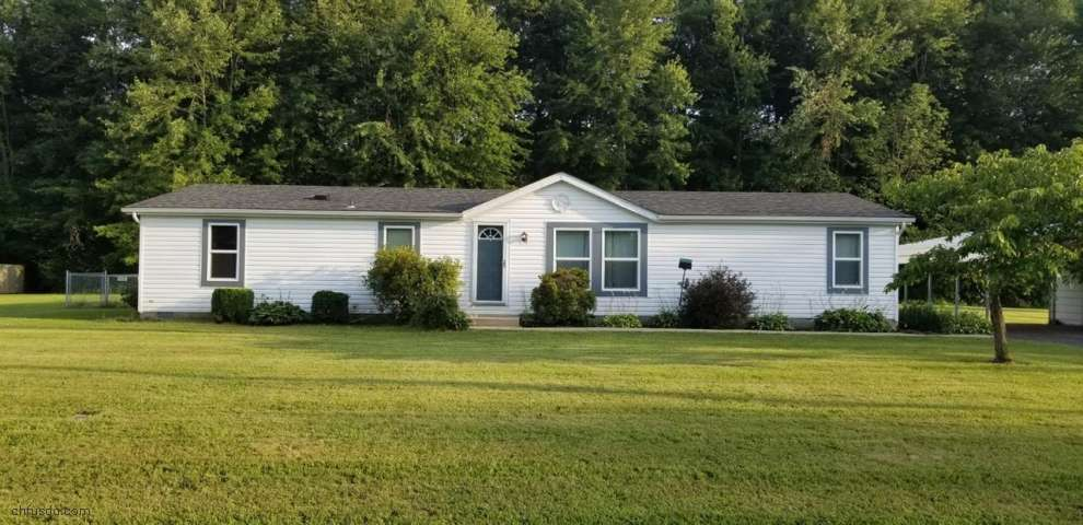 1916 Woodland Dr S, Perry Twp, OH 45118