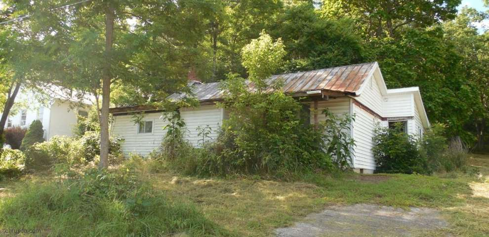 508 Gaines St, Higginsport, OH 45132