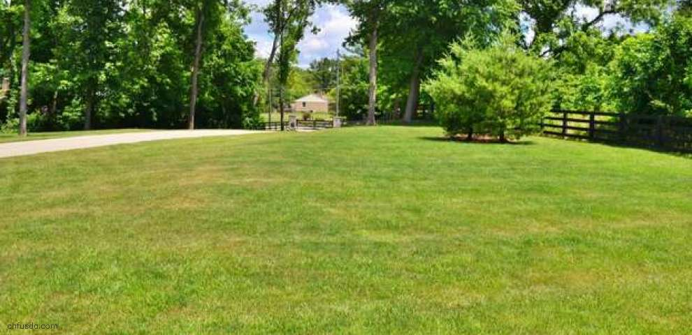 467 Boots Ln, Miami Twp, OH 45140
